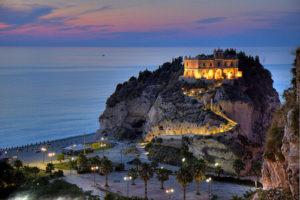 Santuario Santa Maria dell'Isola Tropea