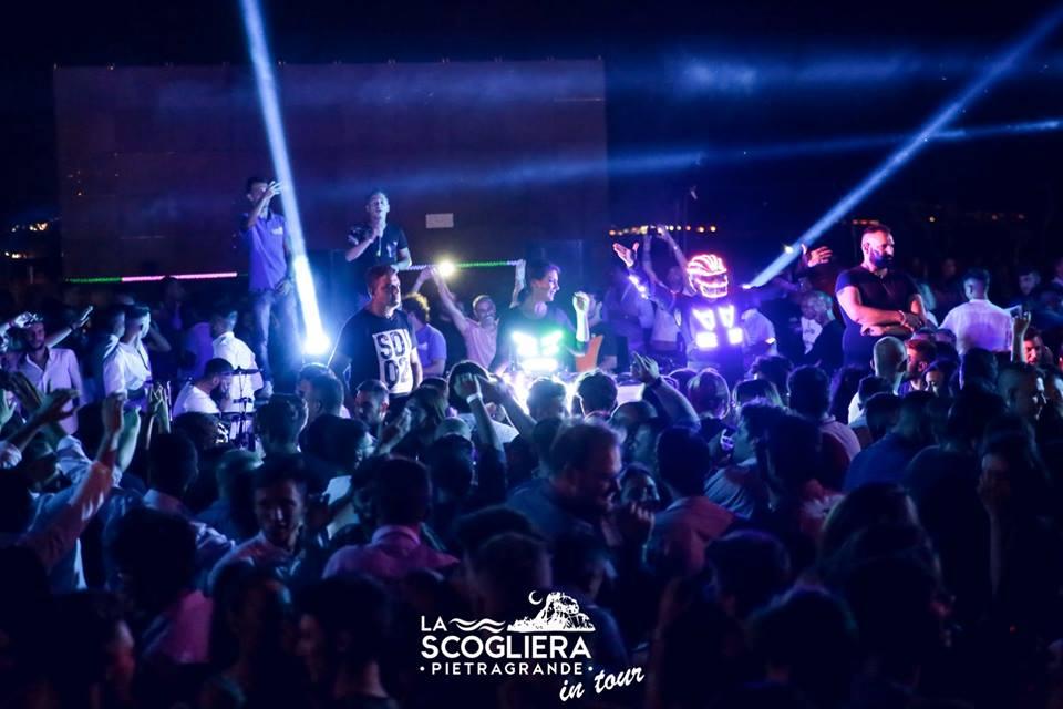 Estate 2020 in Calabria Le 7 serate più divertenti La-Scogliera