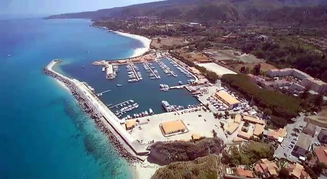 Vip in Vacanza in Calabria al Porto di Tropea