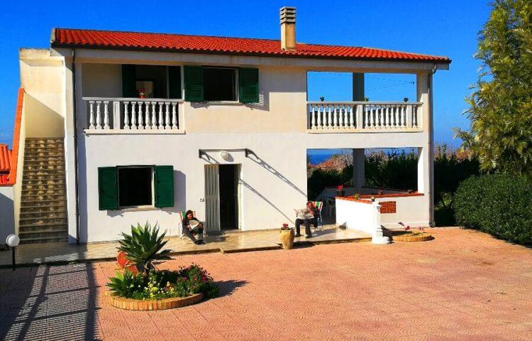 Villa Cecilia I°P 01