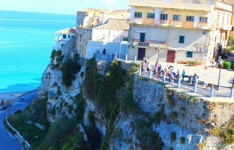 go-app-07 Appartamento sulla Rocca a Tropea 01
