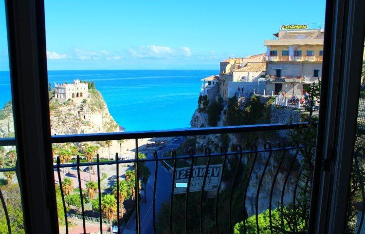 go-app-07 Appartamento sulla Rocca a Tropea 03