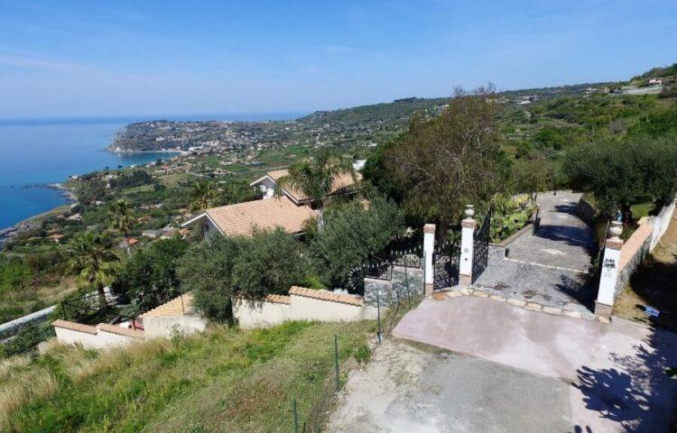 villa-alba-piscona-bilocale-01